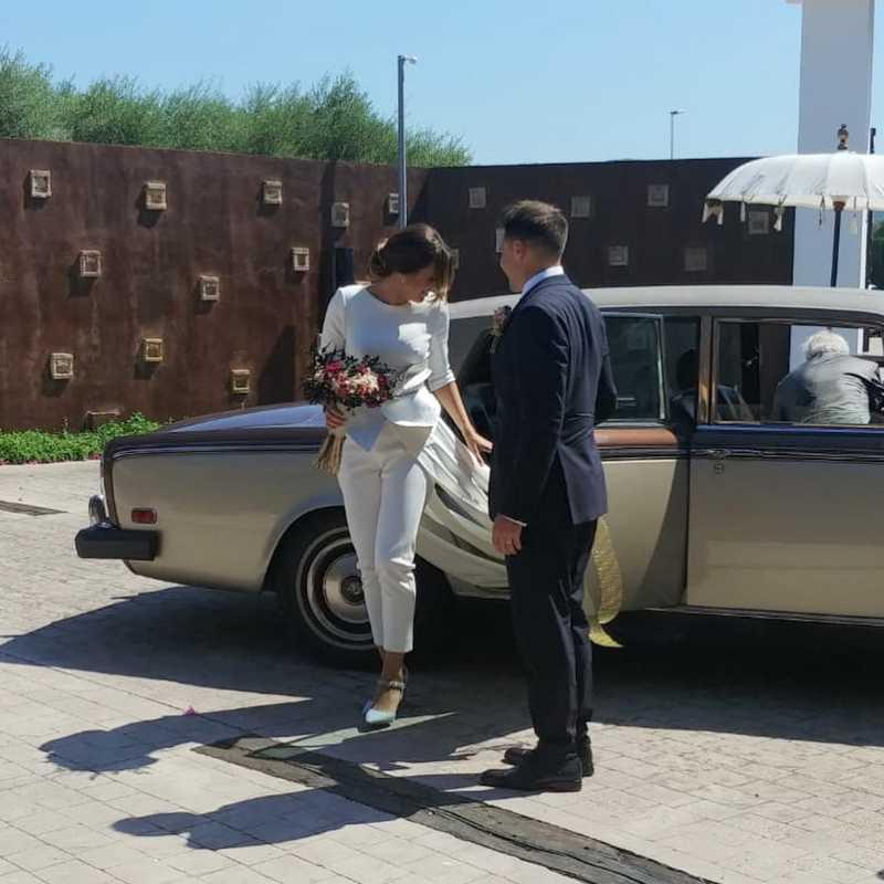 Trajes de novia con pantalón en Valencia